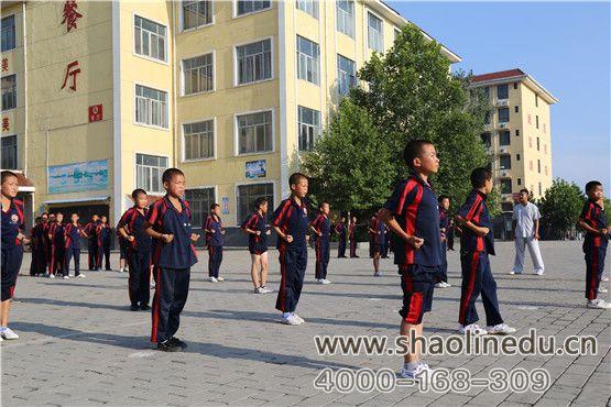 少林文武学校要求学生必须是短发