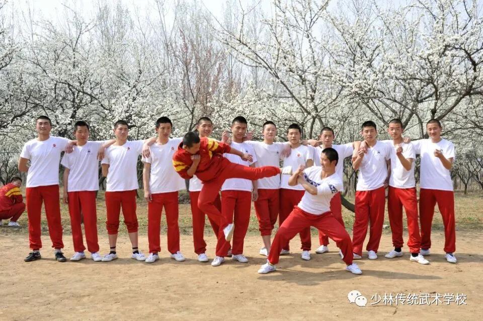少林寺武术学校毕业学员